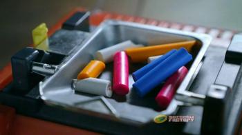 Crayola Melt 'n Mold Factory TV Spot, 'Make Them Better' - Thumbnail 5