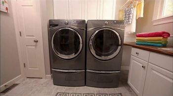 Whirlpool Duet Washer and Dryer TV Spot, 'Product Review' - Thumbnail 4