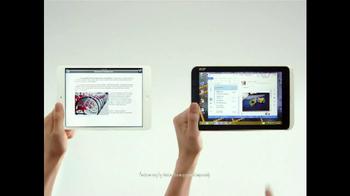 Microsoft Windows 8 Tablet TV Spot, 'Small World' - Thumbnail 6