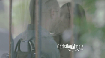 ChristianMingle.com TV Spot, 'Lindsay & Justin' - Thumbnail 3
