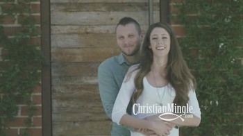 ChristianMingle.com TV Spot, 'Lindsay & Justin' - Thumbnail 9