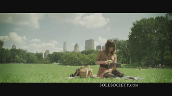 Sole Society TV Spot, 'What is Chic?' - Thumbnail 5