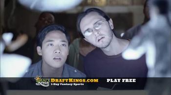 DraftKings Free Entry TV Spot, 'Kickoff' - Thumbnail 4