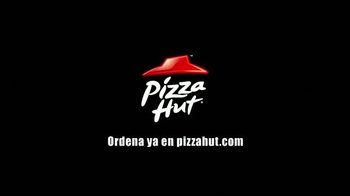 Pizza Hut Cheesy Bites Pizza TV Spot [Spanish] - Thumbnail 10