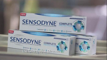 Sensodyne Complete Protection TV Spot, 'What Dentists Want' - Thumbnail 5