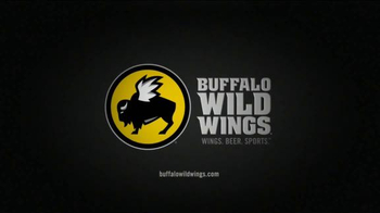 Buffalo Wild Wings TV Spot, 'Fans' - Thumbnail 10