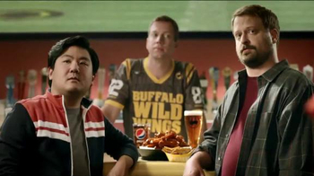 Buffalo Wild Wings TV Spot, 'Fans' - Thumbnail 2