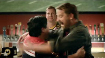 Buffalo Wild Wings TV Spot, 'Fans' - Thumbnail 6