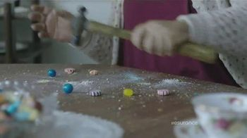 Esurance TV Spot, 'Shirlee: Candy Crush Enthusiast' - Thumbnail 7