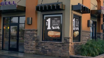 Taco Bell Dollar Cravings Menu TV Spot, 'Silver Dollar' - Thumbnail 6