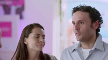 T-Mobile Plan Familiar TV Spot, 'Obstacle Course' [Spanish] - Thumbnail 4