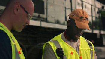 Norfolk Southern Corporation TV Spot, 'Moving Economy is Just Another Day' - Thumbnail 4