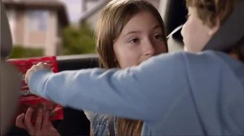KitKat TV Spot, 'Por La Cuidad' [Spanish] - Thumbnail 4