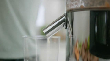 V8 Juice TV Spot, 'Blender' - Thumbnail 5