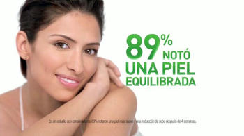 Garnier Clean+ Purifying Foam Cleanser TV Spot, 'Una Mejor Piel' [Spanish] - Thumbnail 10