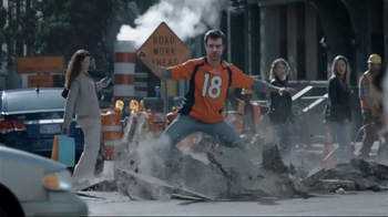 DIRECTV NFL Sunday Ticket TV Spot, 'Brunch' - Thumbnail 5
