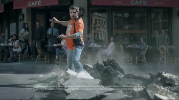 DIRECTV NFL Sunday Ticket TV Spot, 'Brunch' - Thumbnail 7