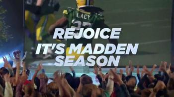 Madden NFL 15 TV Spot, 'Madden Season' Featuring Dave Franco, Kevin Hart - Thumbnail 7