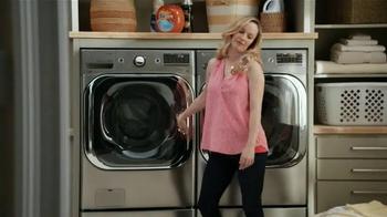 LG Appliances TurboWash TV Spot, 'Mom Confessions: Sarah's Hair' - Thumbnail 4