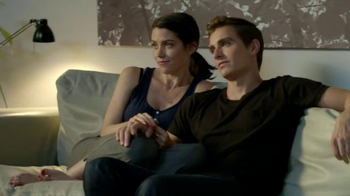 Madden NFL 15 TV Spot, 'The Stare' Featuring Dave Franco, Kevin Hart - Thumbnail 1