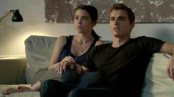 Madden NFL 15 TV Spot, 'The Stare' Featuring Dave Franco, Kevin Hart - Thumbnail 5