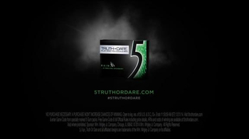5 Gum Rain TV Spot, 'Truth or Dare: Tree Climb' - Thumbnail 8