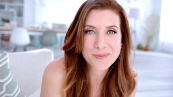 Garnier Anti-Sun Damage Daily Moisturizer TV Spot Featuring Kate Walsh - Thumbnail 10