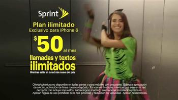 Sprint Family Share Pack TV Spot, 'Univision: Atrapados' [Spanish] - Thumbnail 8