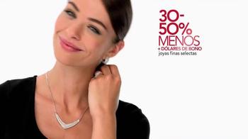 Macy's Prevents Navideña TV Spot, 'Estas Navidades' [Spanish] - Thumbnail 4