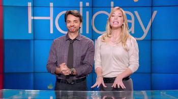Walmart TV Spot, 'Encuentra Los Regalos' Con Eugenio Derbez [Spanish] - Thumbnail 3