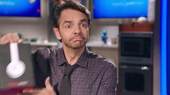 Walmart TV Spot, 'Encuentra Los Regalos' Con Eugenio Derbez [Spanish] - Thumbnail 5