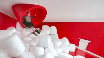 Target TV Spot, 'Holiday: Alice en el País de Marshmallows' [Spanish] - Thumbnail 2