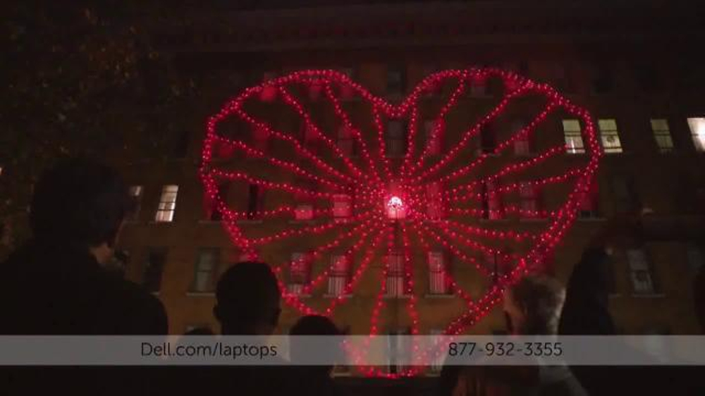 Dell Inspiron 15 5000 Series TV Commercial, 'Power a Holiday Light Show'