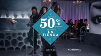 Old Navy TV Spot, 'Sin Reserva' Con Dascha Polanco [Spanish] - Thumbnail 10