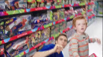 Toys R Us Great Big Christmas Book TV Spot, 'Santa's Going to Be Busy!' - Thumbnail 3