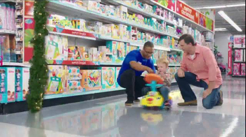 Toys R Us Great Big Christmas Book TV Spot, 'Santa's Going to Be Busy!' - Thumbnail 4