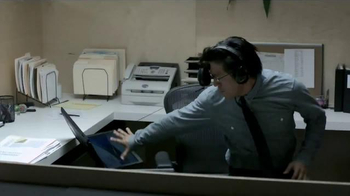 JBL Synchros E40BT TV Spot, 'Epic Fail' - Thumbnail 2