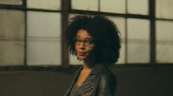 Glasses.com TV Spot, 'Portraits' - Thumbnail 6