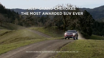 2015 Jeep Grand Cherokee Laredo TV Spot, 'Another Harsh Winter' - Thumbnail 8