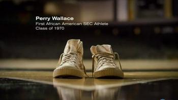 Vanderbilt University TV Spot, 'Footsteps' - Thumbnail 8