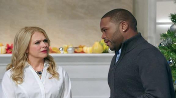 Walmart TV Spot, 'Gift List' Feat. Anthony Anderson and Melissa Joan Hart - Thumbnail 2