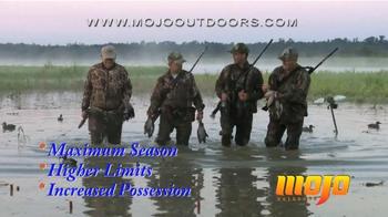 Mojo Outdoors TV Spot, 'Duck Decoys' - Thumbnail 3