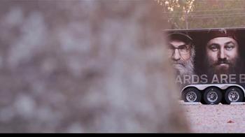 Samaritan's Purse TV Spot, 'Operation Christmas Child' Feat. Si Robertson - Thumbnail 2