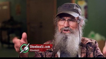 Samaritan's Purse TV Spot, 'Operation Christmas Child' Feat. Si Robertson - Thumbnail 7