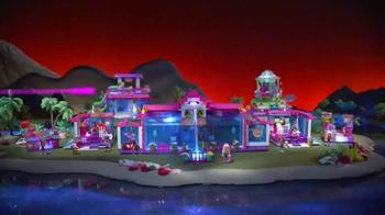 Lite Brix Sunset Island Mall TV Spot, 'Light It Up' - Thumbnail 2