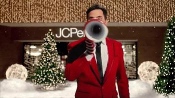 JCPenney Venta Alístate Para Las Fiestas TV Spot, 'Navidades' [Spanish] - Thumbnail 1
