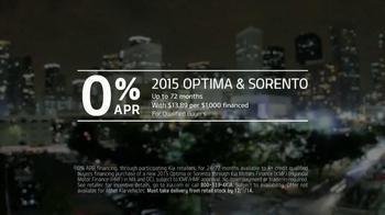 2015 Kia Optima and 2015 Kia Sorento TV Spot, 'Black Friday Deals' - Thumbnail 9