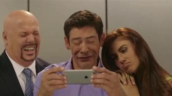 Sprint Family Share Pack TV Spot, 'Univision: Ascensor' [Spanish] - Thumbnail 6