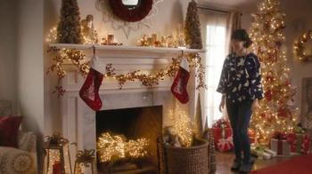 Pier 1 Imports TV Spot, 'Sparkling Holiday Hearth' - Thumbnail 9