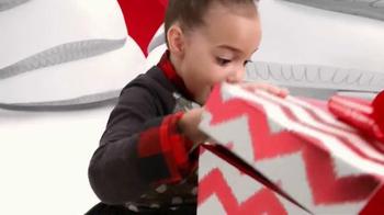 Target TV Spot, 'Holiday: Alice in Marshmallow Land' - Thumbnail 10